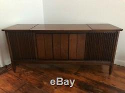 CLAIRTONE SIGNET 721 CONSOLE STEREO Mid Century Modern vintage cabinet