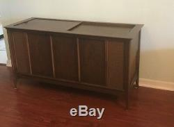 Midcentury Vintage Magnavox Astro Sonic Record Player With Furniture
