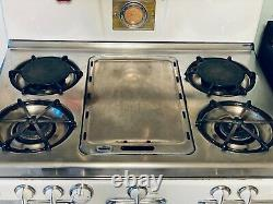 VINTAGE and WORKING O'Keefe & Merritt Stove Mid Century Antique Oven & Griddle