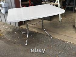 Vintage Retro Mid Century Deco Formica Dining Kitchen Table Chrome (BARN)